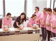 如何選擇正規專業的月嫂培訓機構?